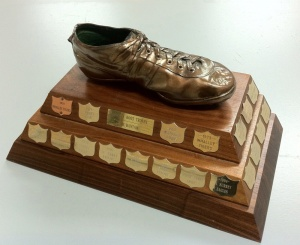 bronze-boot-trophy-1000